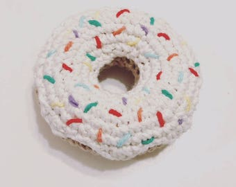 Crochet Donut Rattle (VANILLA)
