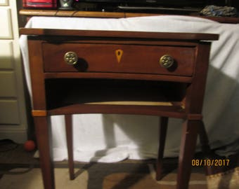 Vintage Statton Cherry End table, side table with drawer