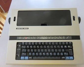 Vintage Silver Reed EX 44 Electric Typewriter