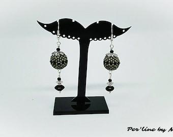 Miyuki seed bead and black glass bead dangle earring