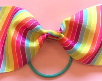Lined large hair bow