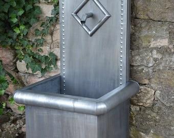 Zinc garden fountain, model NENUPHAR Misterzinc