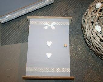 box keys taupe and grey heart wood