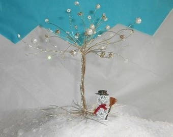 Tree in wire and pearls - custom