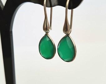 GEMSTONE - Crochet earrings in 925 Silver with a green onyx gemstone