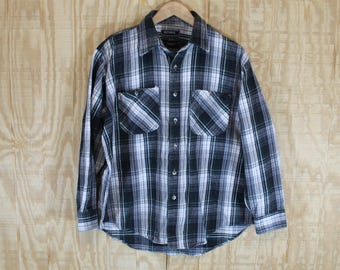 Vintage Soft Cotton Flannel Gray / Blue / White Checked Button Down Shirt Large