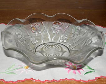 Vintage, Depression Glass, IRIS AND HERRINGBONE, Jeannette Glass, Fruit bowl, ruffled, Clear Pressed Glass, Depression Era, Serving Bowl