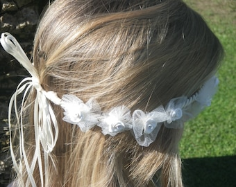 White Crown with fimo roses in tulle coccardine