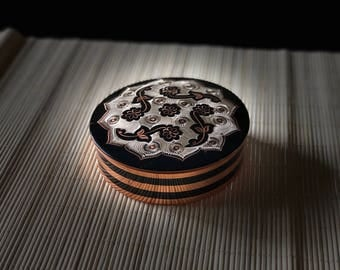 Dazzling Vintage Copper Jewelry Box Hand Painted Circle Black White Flowers