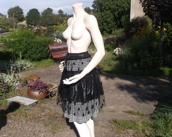 FROU FROU SKIRT ruffle (in tulle with polka dots and black plaid fabric)