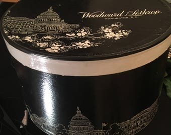 Large Vintage Woodward and Lothrup Hat Box