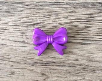 Pearl bow shaped acrylic - purple