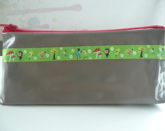 Case in Taupe oilcloth with pretty Ribbon # 2
