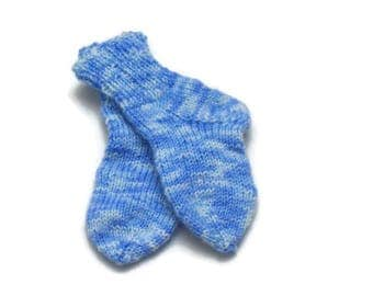 Baby socks of merino wool in bright blue colours Additon to a baby coming home outfit Baby shower