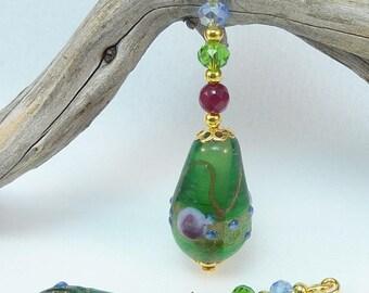 """""""Venetian green"""" Golden Earring jewelry"""