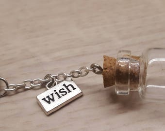 Keychain 'wish' with dandelion seeds