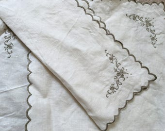 3 x vintage embroidered place mats