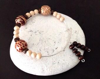 Safari Bracelet, Animal print bangle, Jungle print beads, Leopard skin print, zebra print, snakeskin print, African Safari, unisex bangle