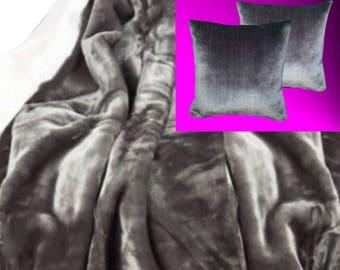 Top offer! 3 piece set, 1 bedspread 200 x 160 + 2 pillowcases 40 x 40 grey