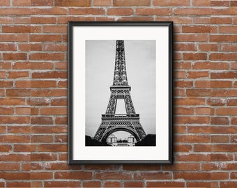 Series of 3 Eiffel Tower Black and white (5x7)