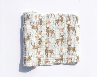 Muslin Swaddle Blanket / Organic Swaddle Blanket / Deer Blanket / Baby Blanket / Baby Shower Gift / Baby Swaddle  / Baby Girl / Newborn