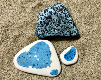 Beach Pottery 2 Sky Blue Pieces * Sea Pottery and Stone Room Decoration Set * Apartment Therapy Ideas * DIY Projects * Italian Beach Finds