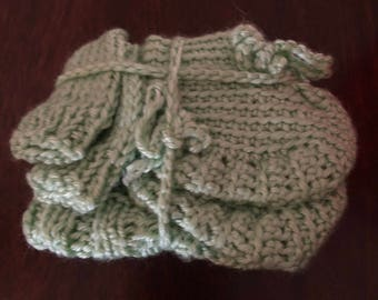Infant hat, mitts, and booties set