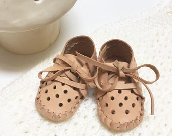 "handstitched leather ""Pelota"" baby shoes"