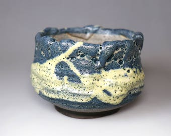 Bug Bite/Coral Blue/Glost-fired Earthen Tea Bowl;Handmade;Taiwan pottery;Japanese style;Ceramic;chawan;gift;Multi-colour;tea ceremony;glaze