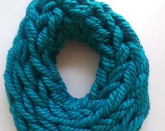Women's Chunky Loop Fashion Scarf