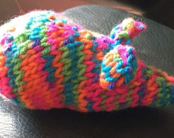Multicoloured knitted mouse