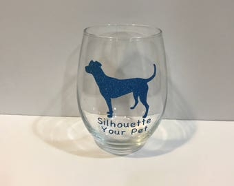 CUSTOMIZED wine glass with a decal of YOUR dog!