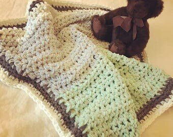 White and Green Baby Blanket, Crochet Throw, Afghan Baby Blanket