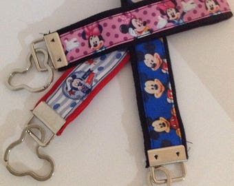 Wristlet Keychain Mickey & Minnie Mouse