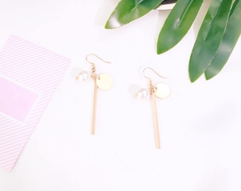 Pearl Gold Long earrings,cute earrings,Valentine's Day Gift,Birthday Day Gift