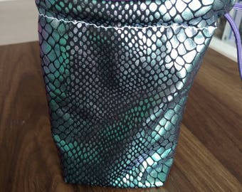 Reversible MULTICHROME DRAGON SCALE Dice Bag with Purple Paracord