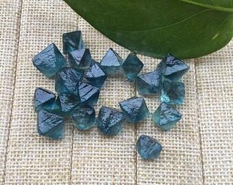 20 pcs/ lot 10--13mm Blue Fluorite Crystal Octahedron Gemstone Stone For Jewelry making (Bf2018022801)