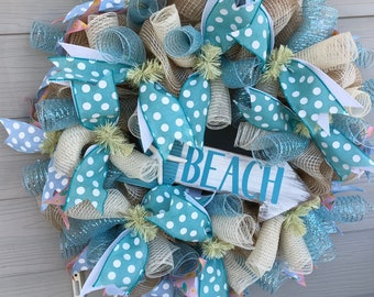 This Way to the Beach Wreath