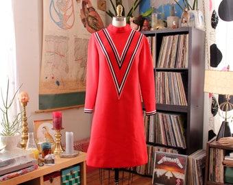 space age mod 60s shift dress . striped red Twiggy dress . futuristic go go dress, womens size small medium