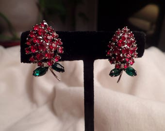 1950's Rhinestone Rosebud Earrings