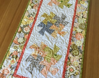 Peach and Gray Twister Quilted Table Runner, Home decor, Patchwork, Quiltsy Handmade, Home Decor, Table Topper, handmade quilt