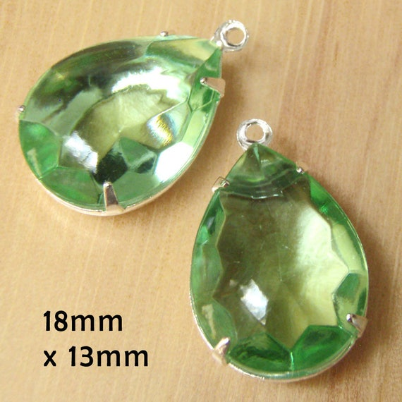 peridot green sheer vintage rhinestone earrings or pendant jewels are 18x13mm teardrops
