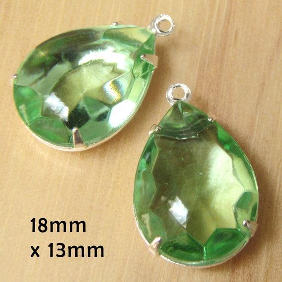 peridot green sheer vintage rhinestone earrings or pendant jewels are 18x13mm teardrops