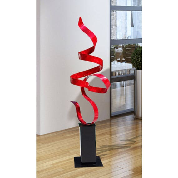 Red freestanding modern metal sculpture garden decor large for Decor contemporain moderne