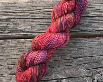 One Of A Kind (OOAK) - DK Weight - Superwash Merino - Kettle Dyed Yarn - Ça c'est bon Base - Ready To Ship