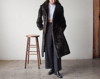 60s dark brown faux fur midi coat / chubby coat / vintage MOD coat / s / m / 2322o / R4
