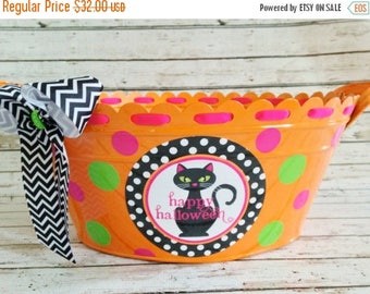 ON SALE Personalized Halloween Tub with Black Cat