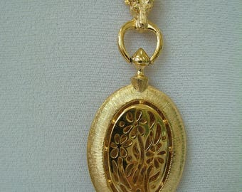 Vintage Locket Necklace, Ram's Head and Fancy Chain, ca 1980 NT-05