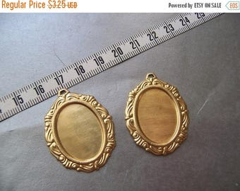 SALE 20% Off Ornate Brass Pendant Settings for 18X13mm Oval Cabochons 4 Pcs