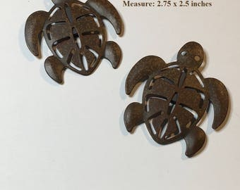 set of 2 rust look metal MAGNETS ~ a pair of perfect SEA TURTLES ~ primmie rustic look - kitchen decor or just for fun